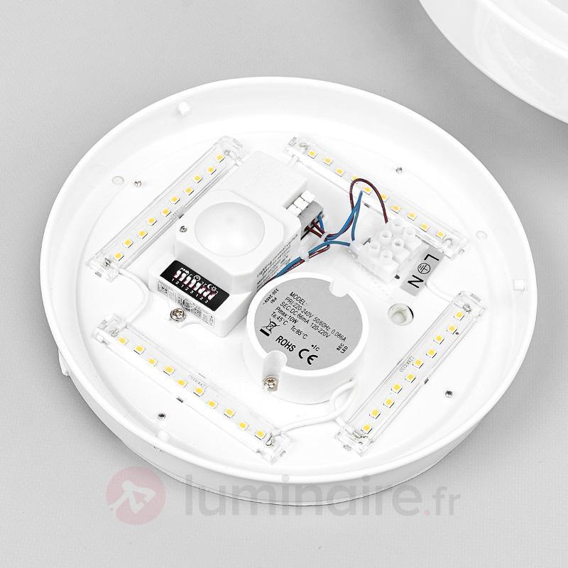 Plafonnier salle de b. LED Aras, détecteur, blanc - Plafonniers avec détecteur