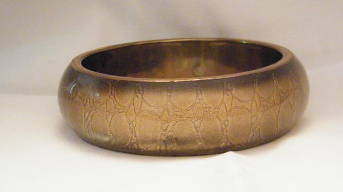 Brass Bangle with Acrylic  - Wholesale Supplier | Low MOQs | Minimum - 100 pcs