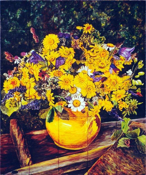 Jarrón amarillo con flores silvestres - Mural de azulejos pintados a mano