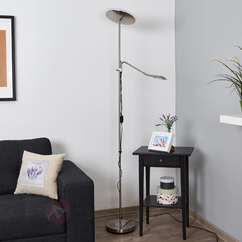 Lampadaire avec liseuse Sura, LED - Lampadaires LED à éclairage indirect