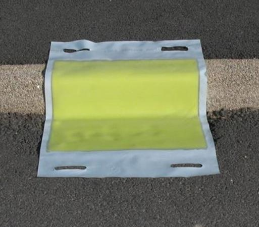 Protection égouts polyuréthane 100 cm - équipement ADR - Equipements ADR-Obturateurs