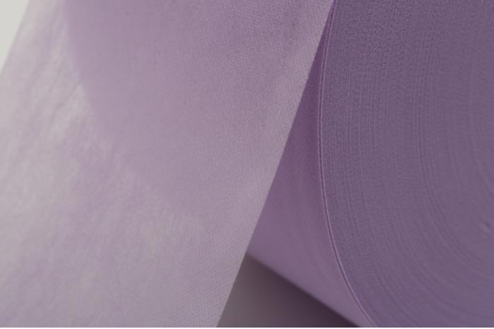 纺黏(疏水)不织布 - 不织布又称为无纺布,用聚丙烯挤出、拉伸,形成连续长丝后,长丝铺设成网再经过加固,使变成无纺布。