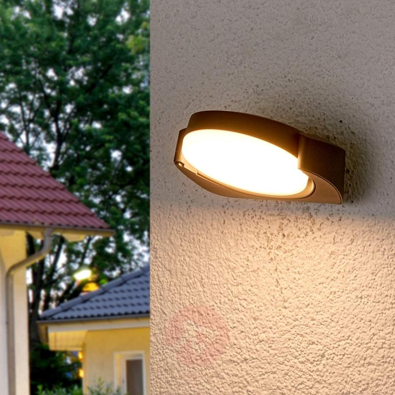 Adjustable LED wall lamp Maddy for outdoors - outdoor-led-lights