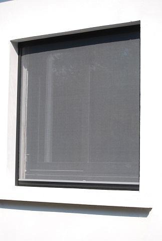 Mosquitera enrollable - Cabezal 39, color negro