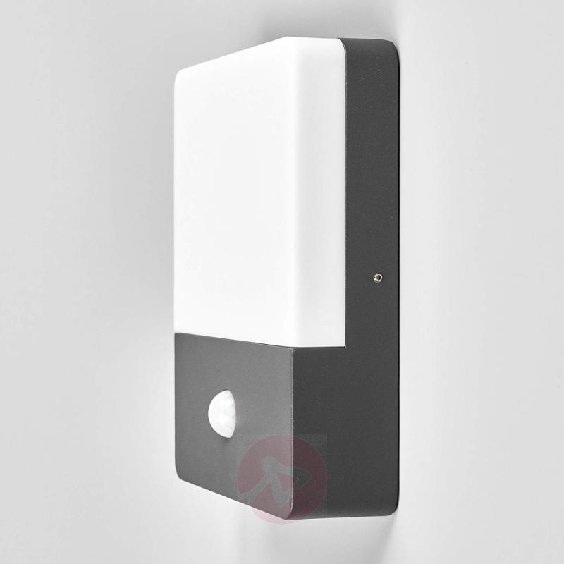 Motion detector wall lamp Annu with LEDs - outdoor-led-lights