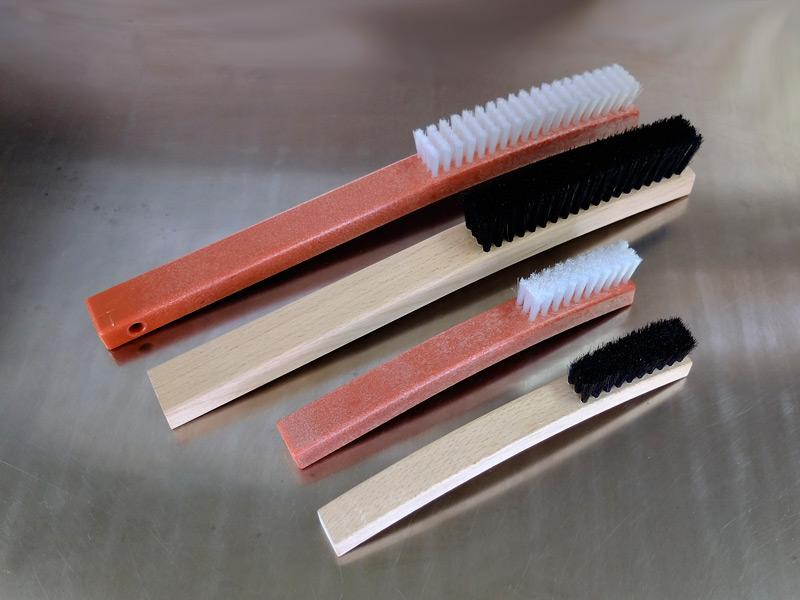 Plate cleaning brush, with handle - Accessories for plate cleaning