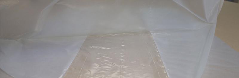 Side-gusseted bags / sacks