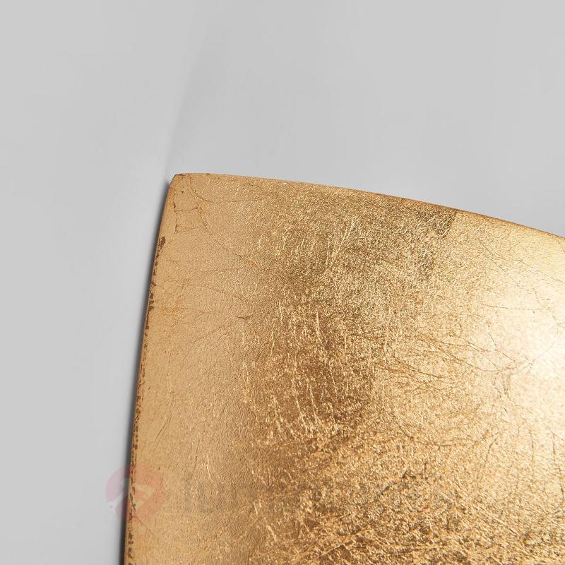 Attrayante applique Gesa doré - Appliques en laiton/dorées