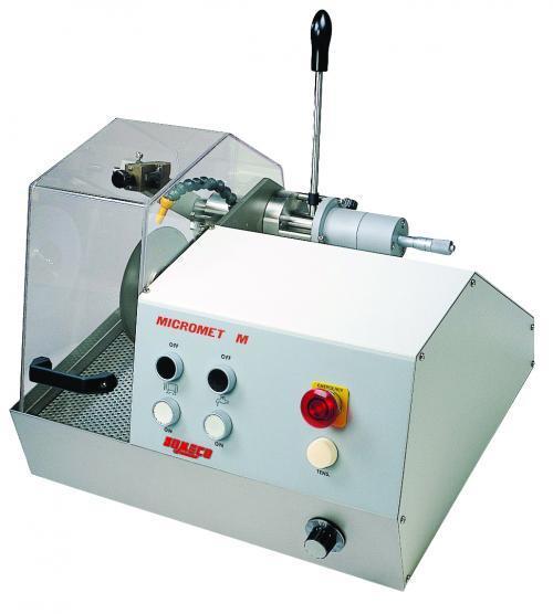 Machines à tronçonner métallographique -