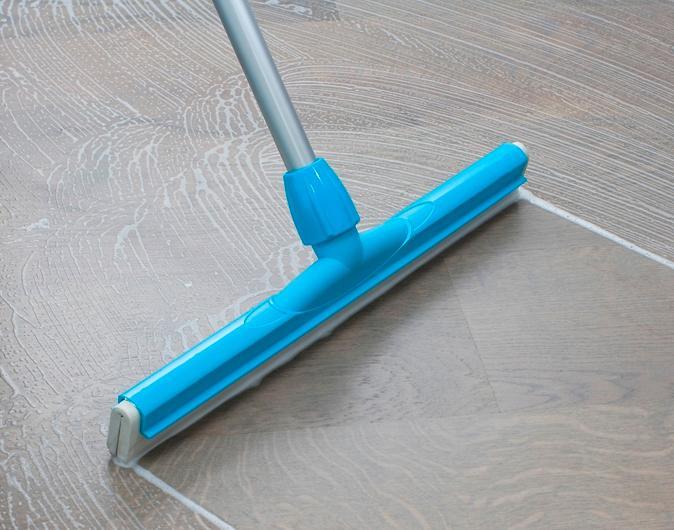 Ultra - Floor Cleaning Floor Squeegees
