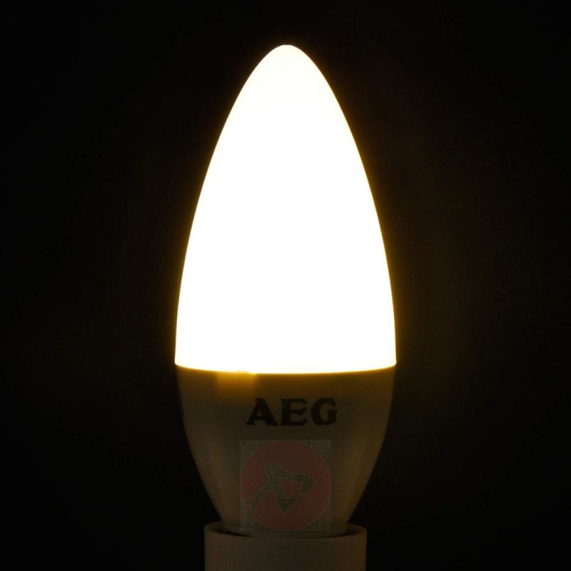 E14 5.5 W 827 LED candle bulb, matt - light-bulbs