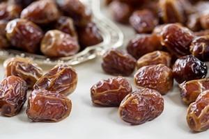 Sukkari dates with almonds - 250 g