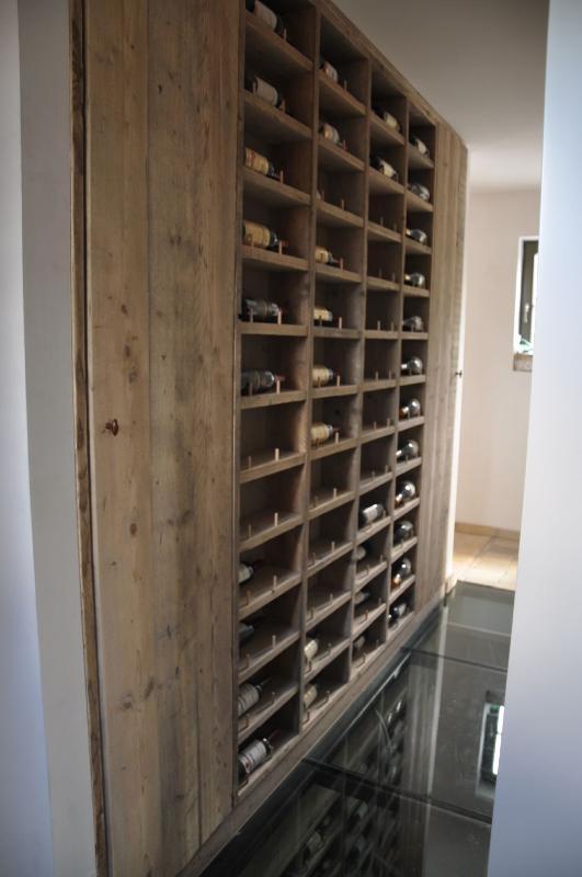 Decoratie steigerhout / spiegels / wijnrek / verlichting