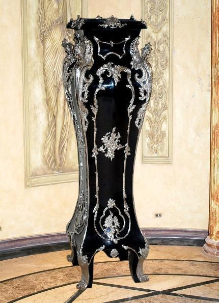 Maison Millet Louis XV silvered-ormolu black color pedestal - Silvered Ormolu Mounts - Ebonised Finishing