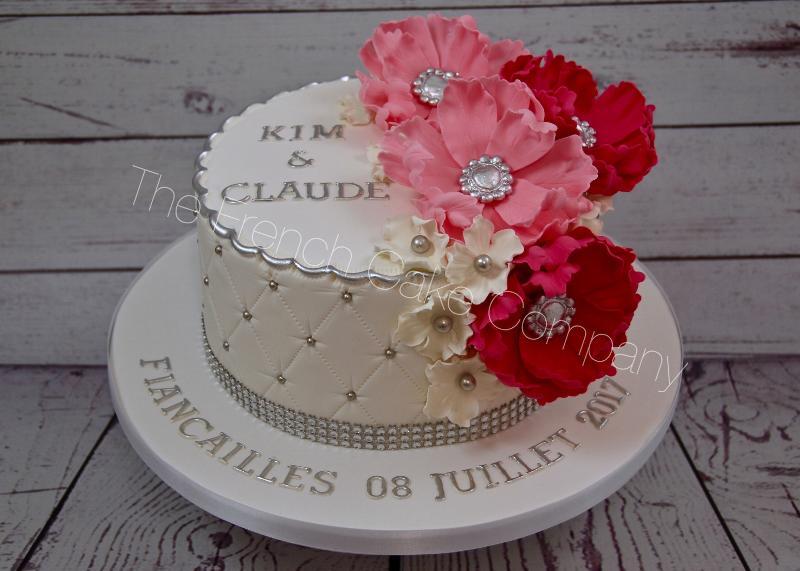 Gâteaux et Pièces Montées sur-mesure - Fleurs roses