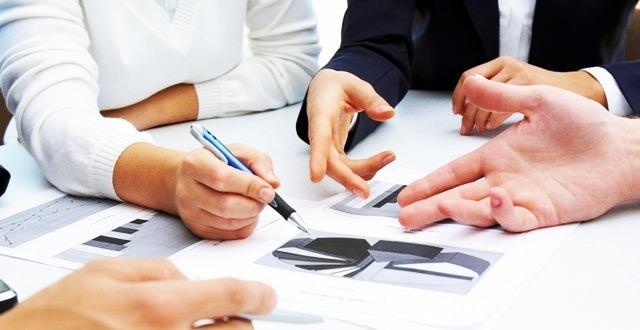 CONSULENZA ALLE IMPRESE - Consulenza economica, finanziaria, societaria, amministrativa e contrattuale