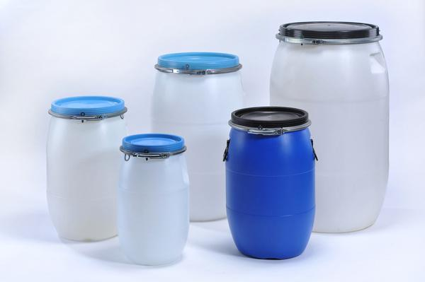 Plastic drums, cans, canisters, hobock, barrels -