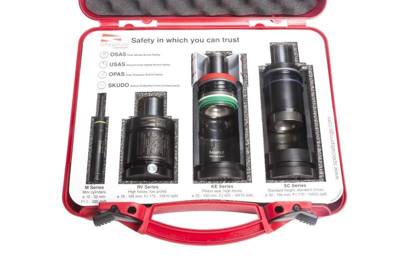 Nitrogen gas cylinders  - Vervanging van stempelveren