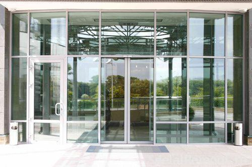 Двери входные - алюминиевые