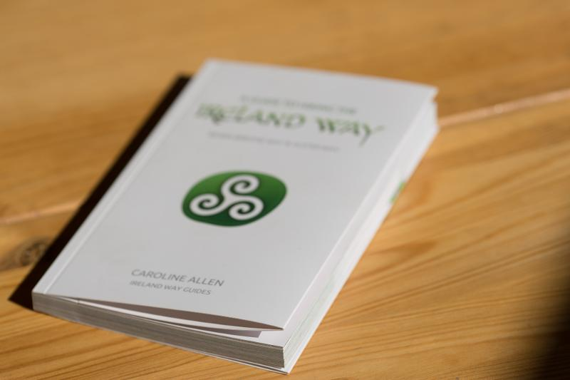 Ireland Way guide - Softcover book