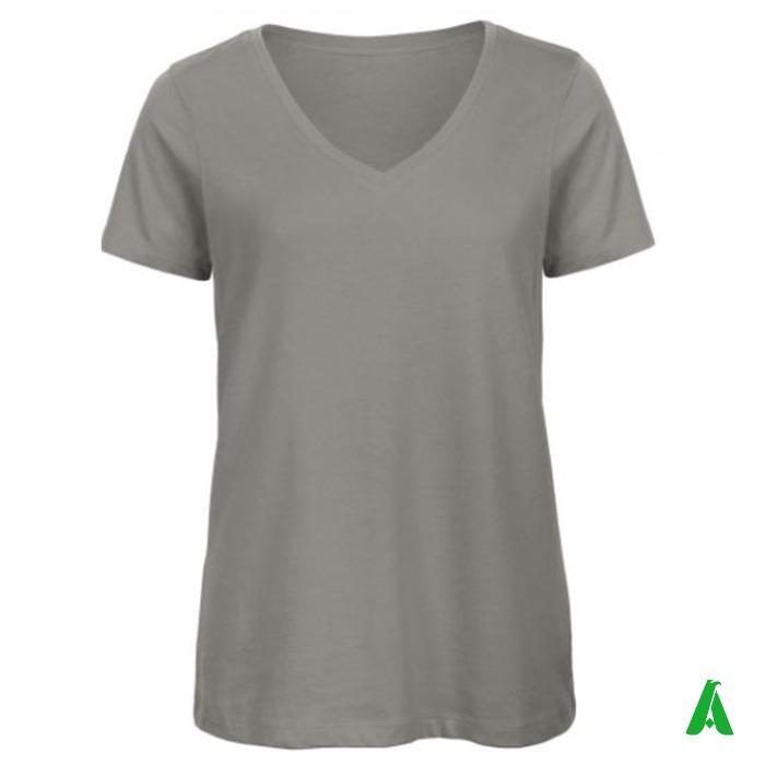 T-shirt 100% cotone organico di qualita', scollo V per donna - T-shirt elegante con scollo a V per donna in cotone organico di alta qualita'