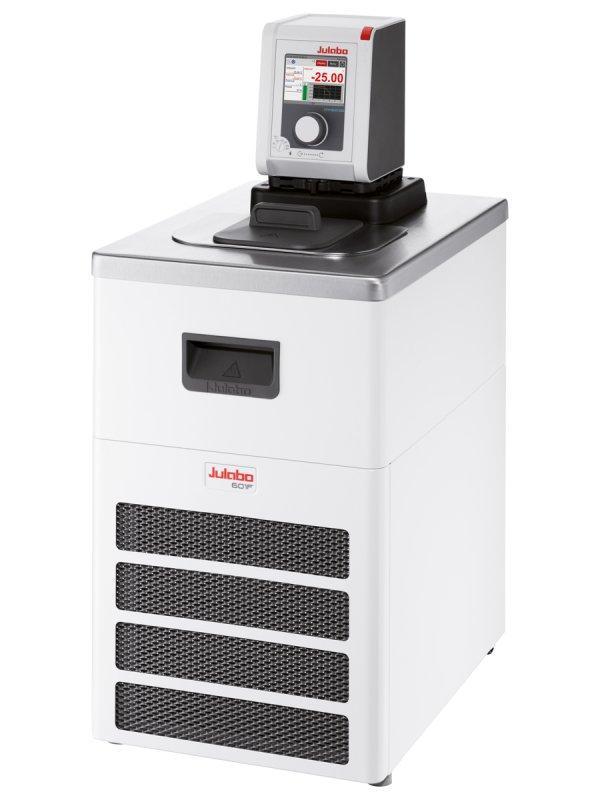 DYNEO DD-601F Refrigerated/Heating Circulator - Refrigerated circulators have a wide working temperature range.