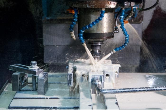 3-AXIS CNC MILLING SERVICES - Metals and steel machining