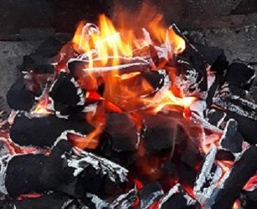 Сосновый древесный уголь - Легкий древесный уголь