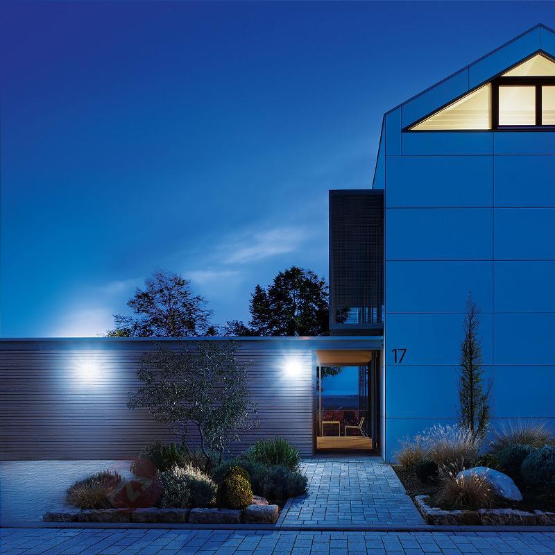 XLED Home 2 XL - Une applique LED avec détecteur - Appliques d'extérieur avec détecteur