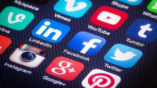 Redes Sociales - Social Media -