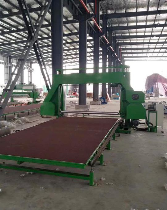 Horizontal Sponge Cutting Machine - for sponge and foam Cutting Machine