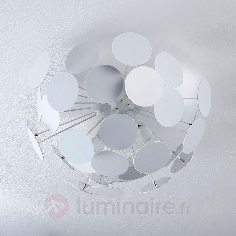 Beau plafonnier Kinan en blanc - Chambre à coucher