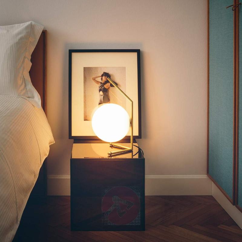 IC T1 Attractive Table Lamp by FLOS - Table Lamps