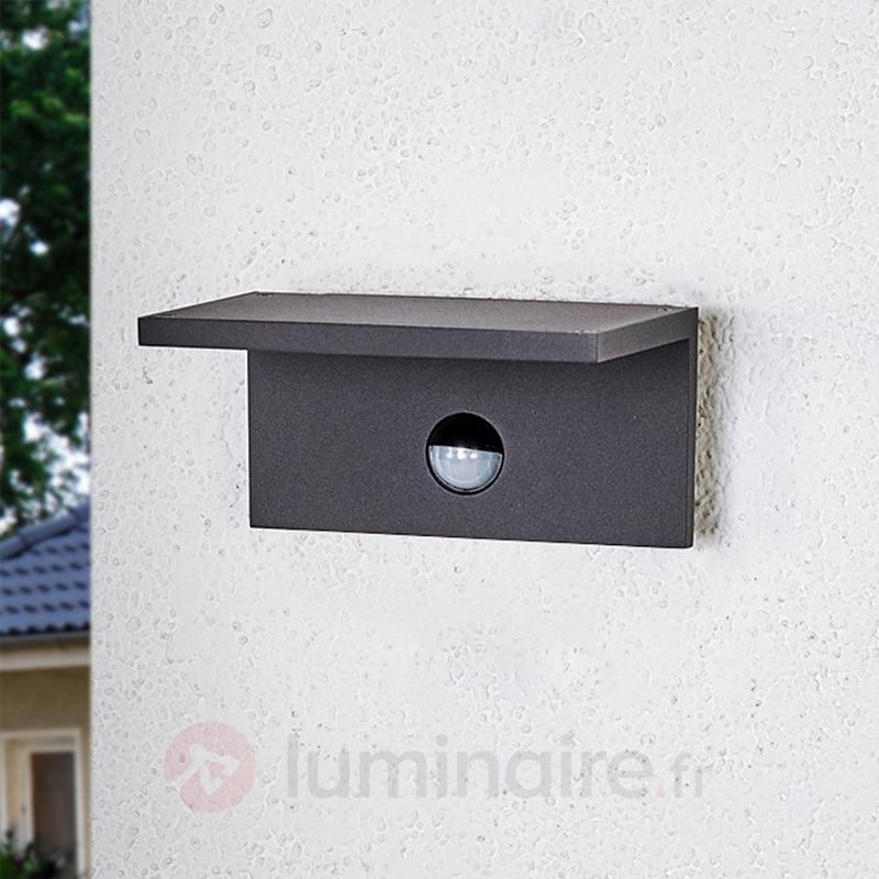 Applique d'extérieur LED carrée Darina, détecteur - Appliques d'extérieur avec détecteur