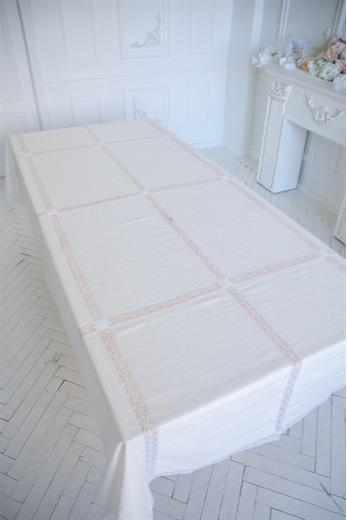 "Tablecloth  ""Snowy""  16 Squares -"