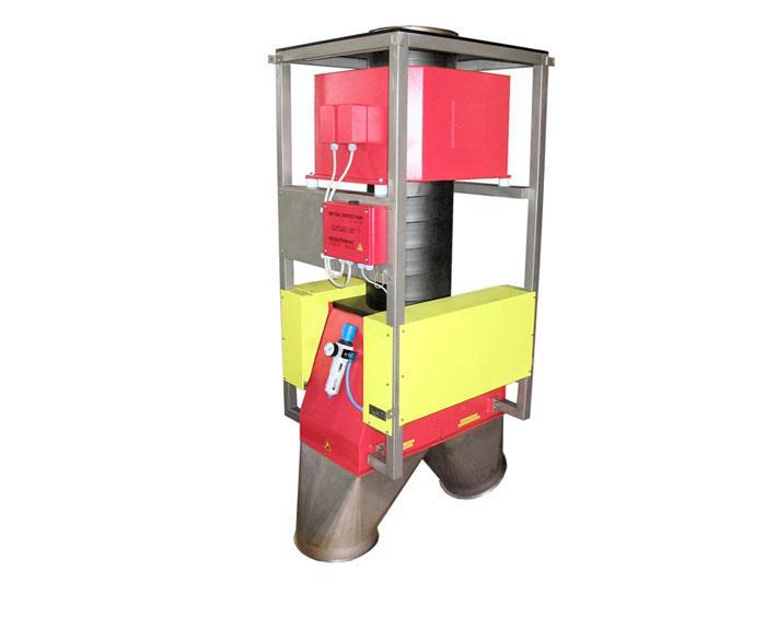 Metallseparator für die Untersuchung von Folienschnitzeln im freien Fall - QUICKTRON 03 E