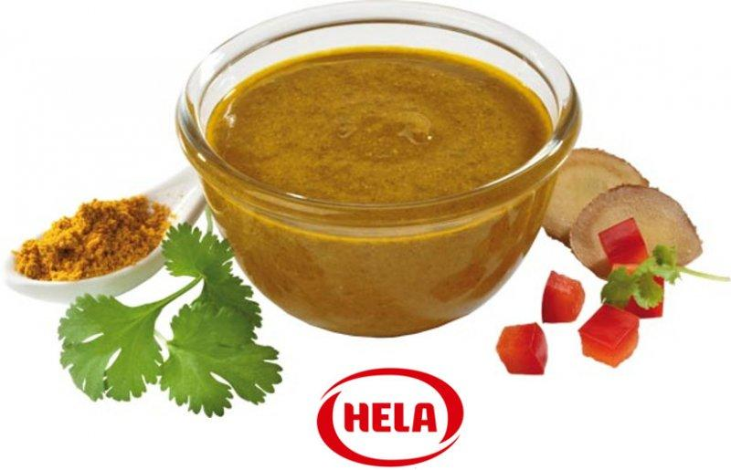 Marinating oil curry Natural with sea salt - Mild aromatic spice oil, curry with a subtle fruity note. Classic Indian taste.