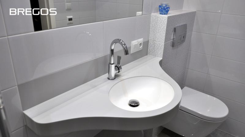 Wodoodporne blaty  łazienkowe na zamówienie