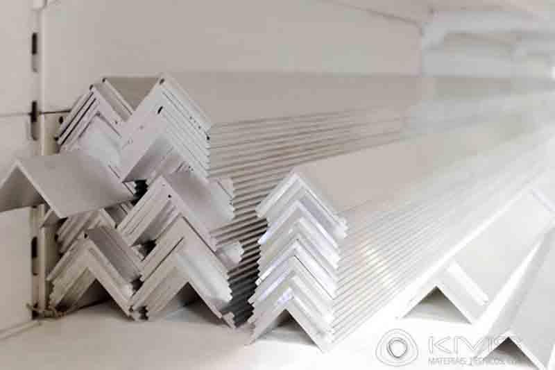 Cantoneiras de Alumínio -