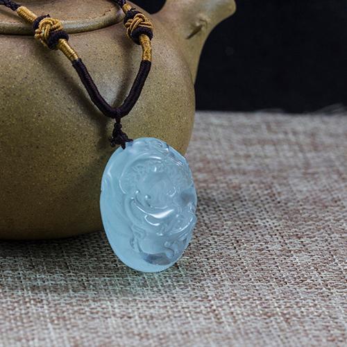 Natural aquamarine piezas talladas en forma de dragón -