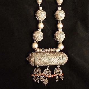 Colliers - Argent, amulette, Yémen