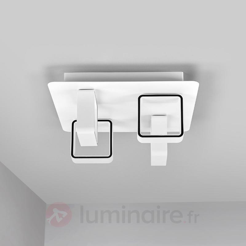 Plafonnier LED Jula à quatre lampes - Plafonniers LED