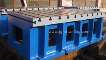 Box Tables - Material: grey cast iron GG25 (HT-250); Clamping surface machined to DIN876