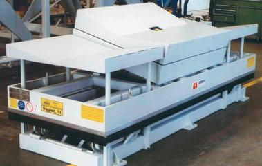 Inline lift platforms - Paper industry Lift and tilting station
