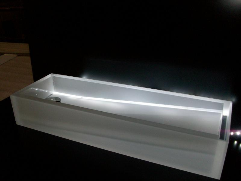 Mobilier design divers - Vente de matières plastiques et façonnage de produits sur‐mesure