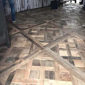 PARQUET DE VERSAILLES EN VIEUX CHENE  - Le parquet Versailles, un bien noble plancher