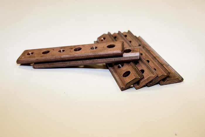 Jointing components  - for railway industry