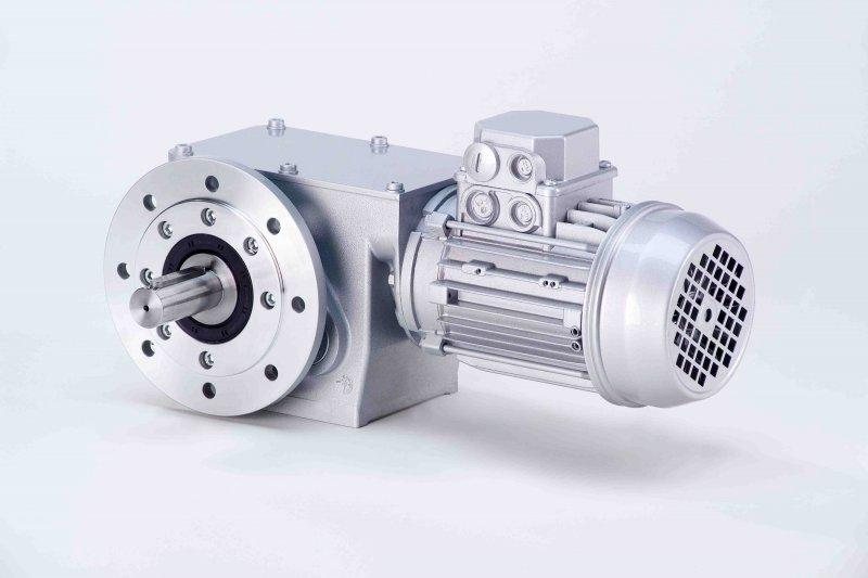 SN19F - Two-stage gear drive with solid shaft