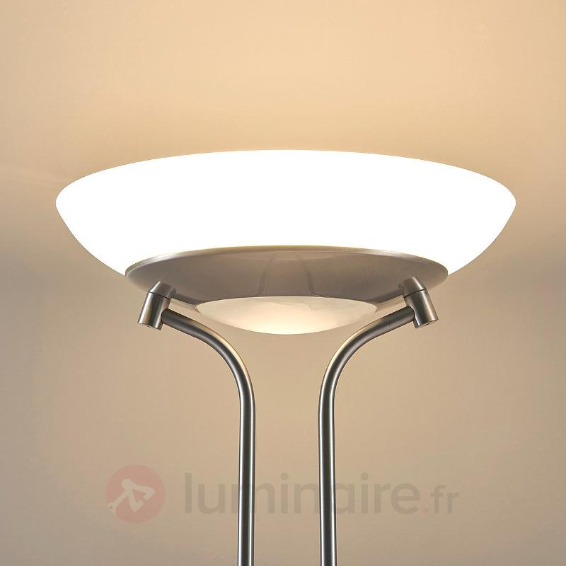 Lampadaire LED Yveta avec liseuse - Lampadaires LED à éclairage indirect