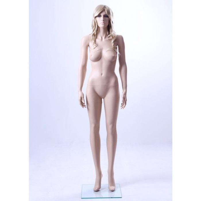 Realistic display mannequin - realistic window mannequin
